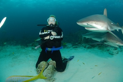 susanne-with-sharks